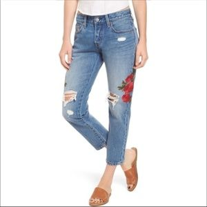 NWT Levi 501 Floral Embroidered Tapper Mom Jeans